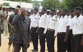 L'Union des Jeunes Nationalistes (UJN) demande aux policiers d'être plus policés