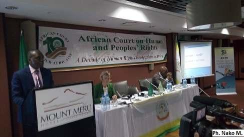 La cour africaine des droits de l'homme et des peuples expliquée aux journalistes