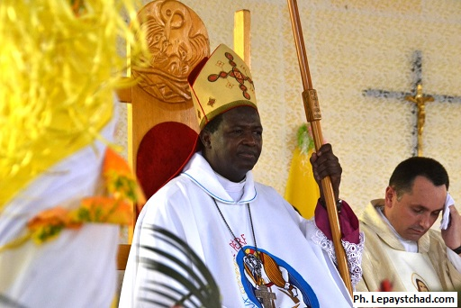 Reportage : Mgr Edmond Djitangar archevêque métropolitain a pris officiellement fonction
