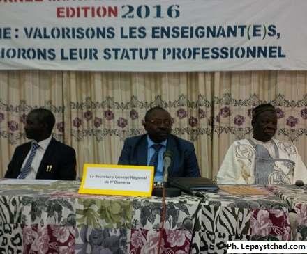 Les enseignants tchadiens célèbrent leur journée sans le sou