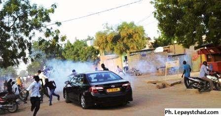 Meeting de l'opposition dispersé par la police