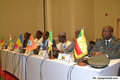 Validation de la session spéciale du conseil des ministres des pays membres de la CBLT et du Benin, Force multinationale mixte (FMM)
