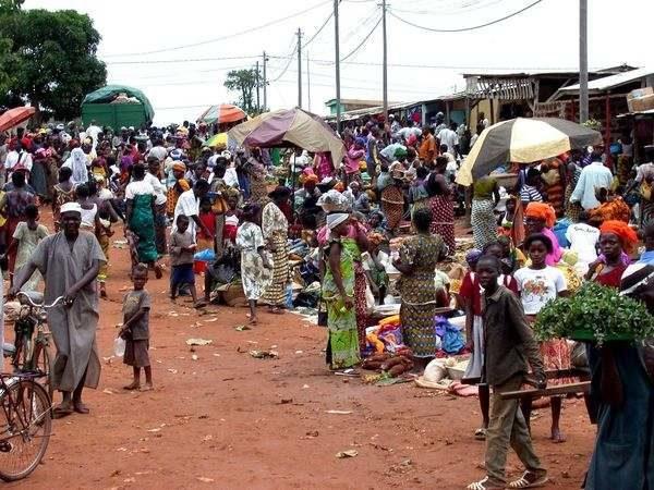 Le FMI appelle à prendre des mesures vigoureuses et bien conçues pour faire redémarrer la croissance en Afrique subsaharienne