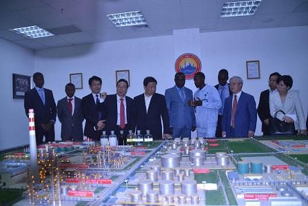La raffinerie de Djarmaya reçoit la visite du Vice-président de la chine populaire