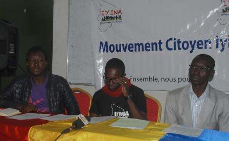 Iyina menace le gouvernement