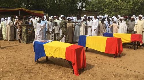 Derniers hommages aux soldats morts dans le crash de l'hélicoptère