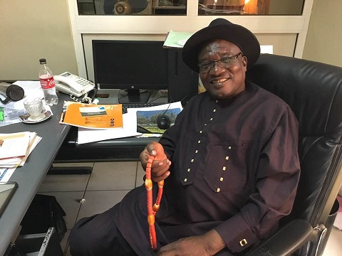 Bemba Béral, en charge de la carte rose Cemac 1