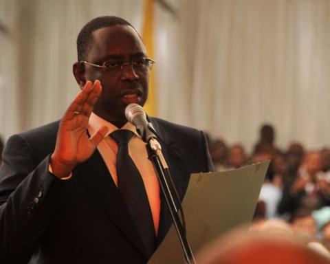 Sénégal : Macky Sall prête serment pour un second mandat devant une dizaine de chefs d'Etat 1