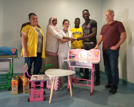 Un don d'un million des Sao pour équiper une salle de jeu pour enfants à l'Hôpital Renaissance