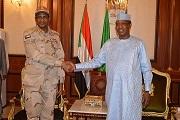 Mohamed Hamdan Dagalo du Soudan en visite de travail chez Déby