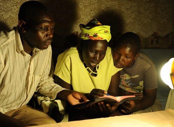 Banque mondiale : « le secteur de l'énergie solaire hors réseau représente un marché annuel de 1,75 milliard de dollars »