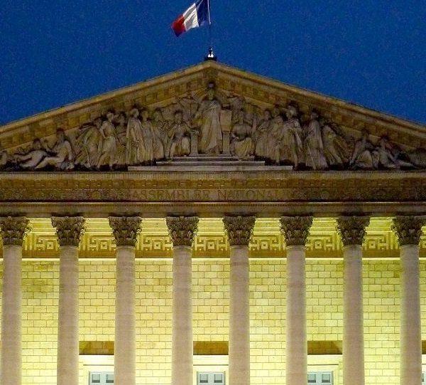 Coronavirus: 2 nouveaux députés français testés positifs
