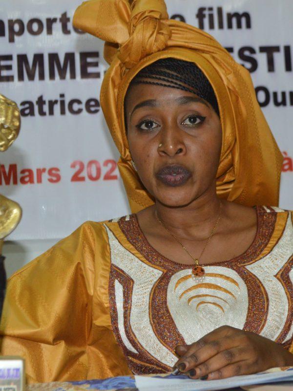 Hanifa Ali Oumar présente sa silhouette d'or