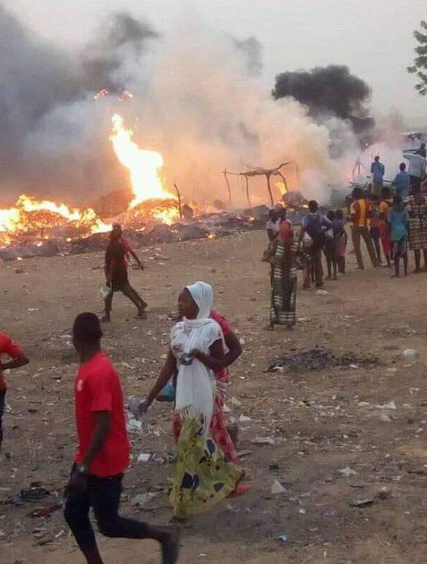 Un incendie s'est déclaré au marché de Walia Ngosso