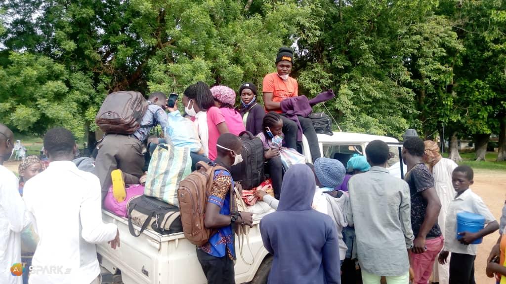 54 étudiants quittent Goré en direction du Cameroun 1