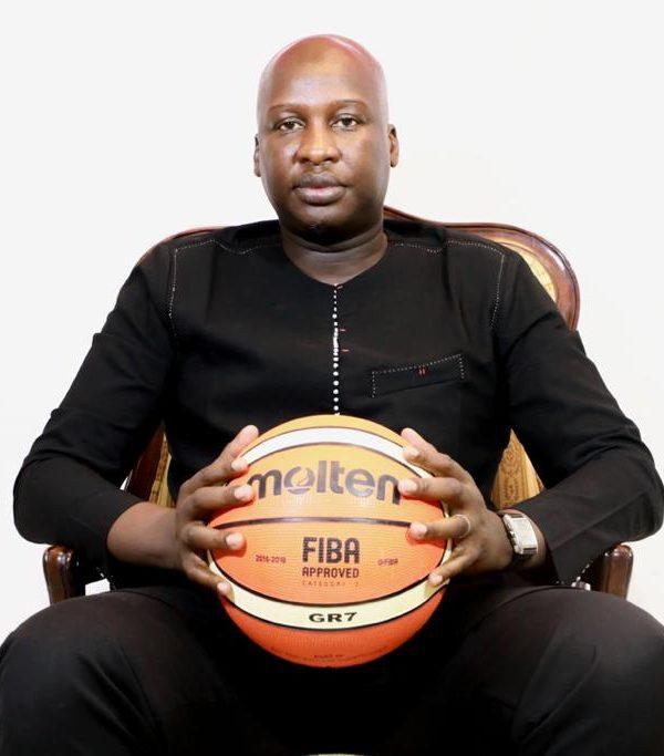 Banny Ngata Ngoulou, lauréat du prix Meilleur manager africain du prix africain de développement