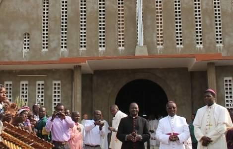 Les évêques annoncent la reprise des messes pour le 12 juillet