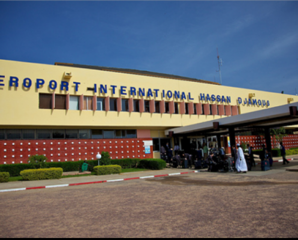 L'aéroport sera réouvert le 1er août