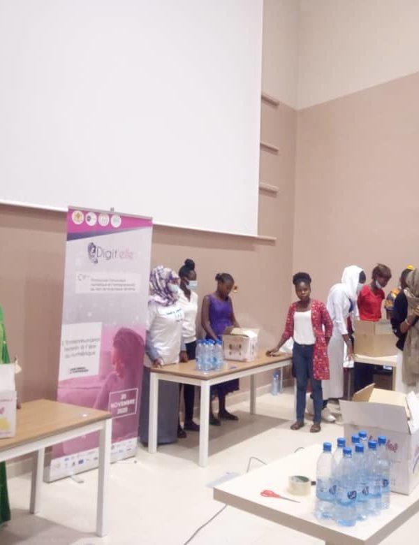 Les filles initiées à l'entrepreneuriat
