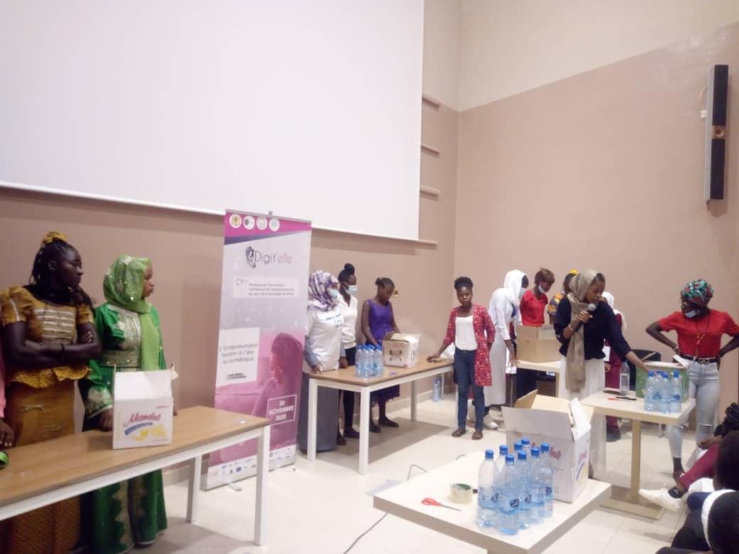 Les filles initiées à l'entrepreneuriat 1