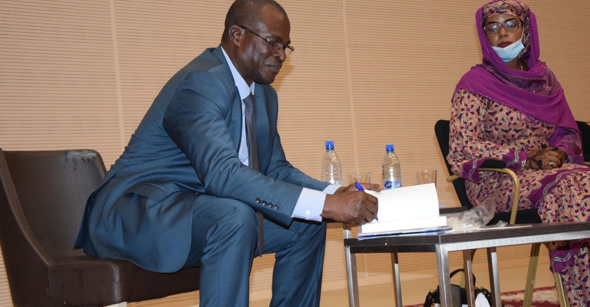 Boukar Michel publie son premier ouvrage ''agriculture et Energie renouvelable post Covid-19'' 1