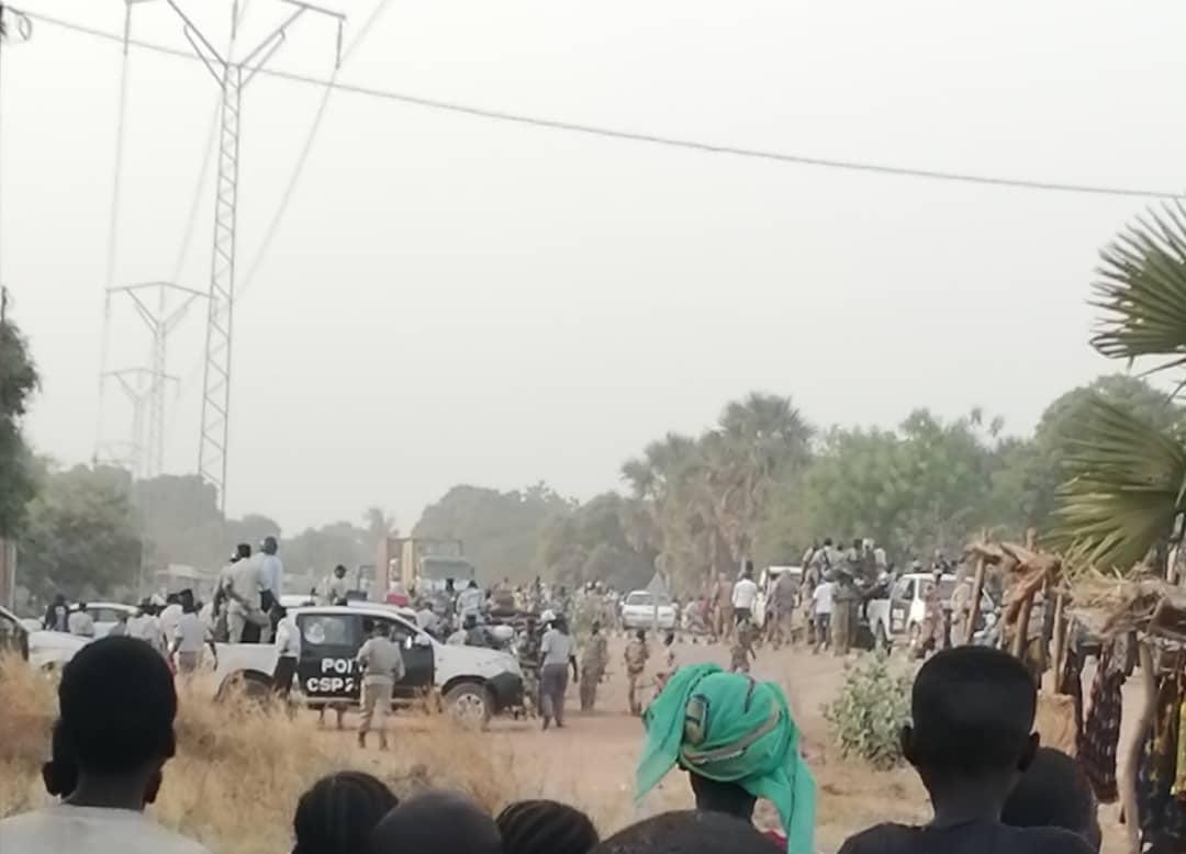 Le siège des Transformateur de Moundou attaqué par la police 1