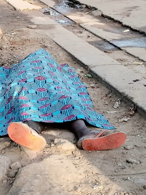 Un jeune homme s'écroule et décède en pleine rue