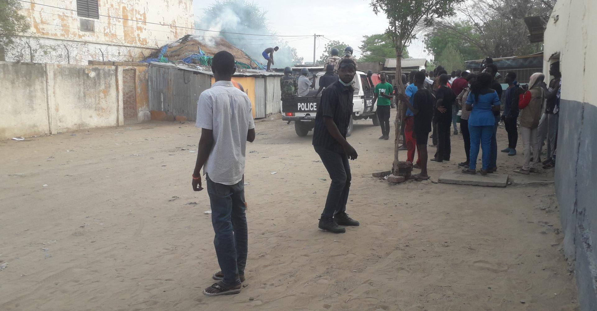 La police tire à bout portant sur un jeune 1