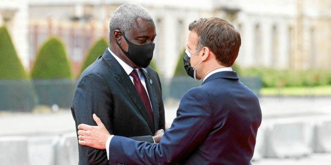 Paris tente de sauver l'Afrique de l'asphyxie financière 1