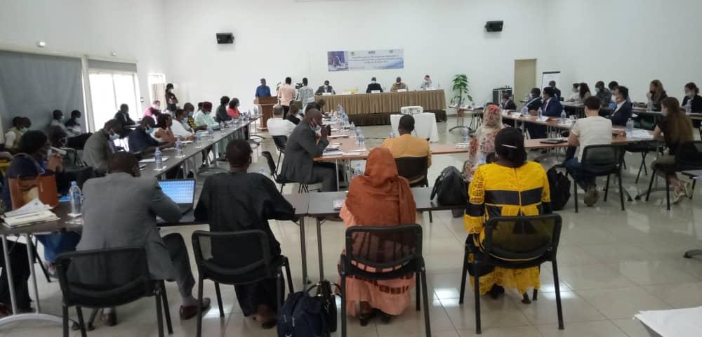 Lancement du forum humanitaire paix et développement 1