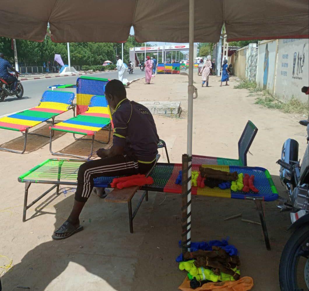 À N'Djamena: la confection des lits picots est une activité qui fait vivre 1