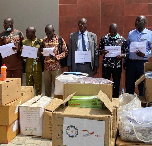 Les centres de santé du parc national de Sena- Oura dotés des matériels médicaux