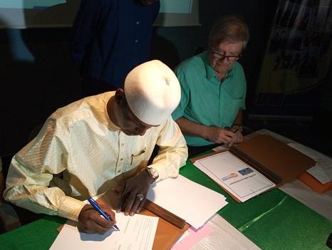 Signature d'un accord de partenariat entre le l'Onpta et le Tsf 1
