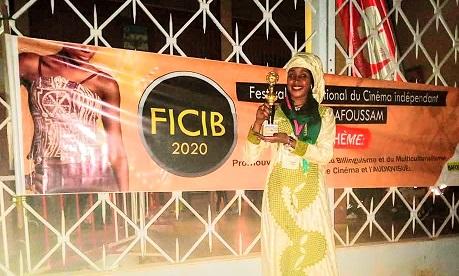 Hanifa Ali Oumar, honorée pour son film « Une femme, un destin » 1
