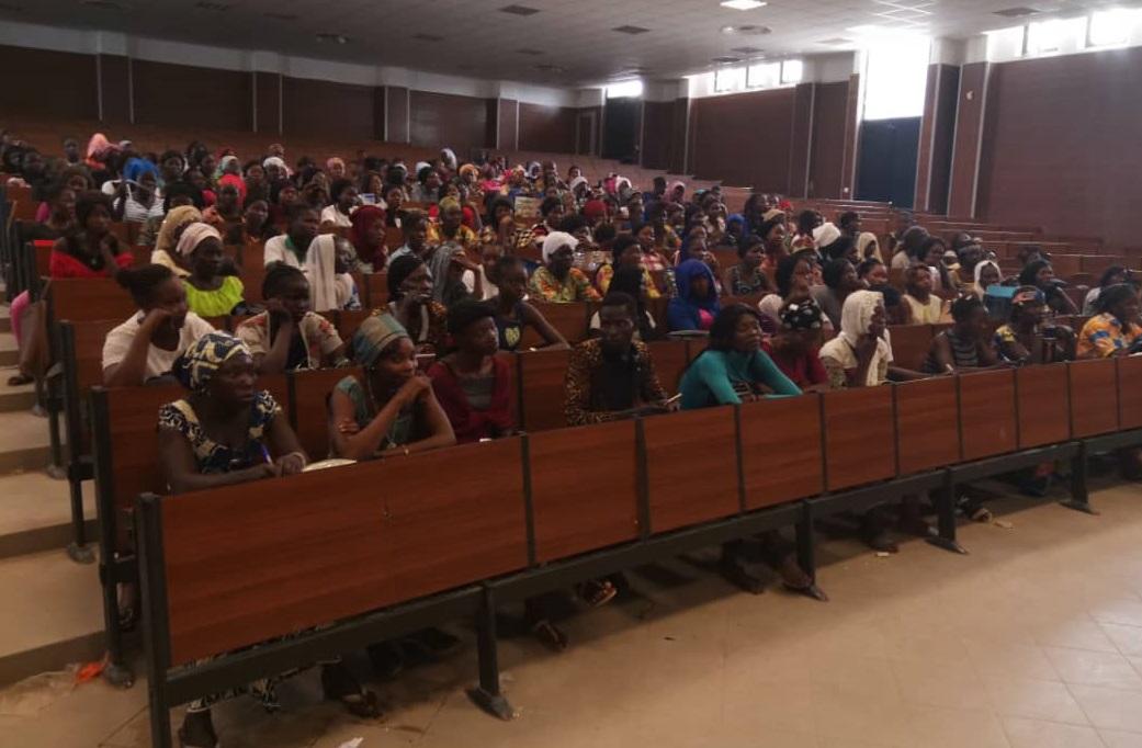 Des étudiantes de l'Université de N'Djaména incitées à entreprendre 1