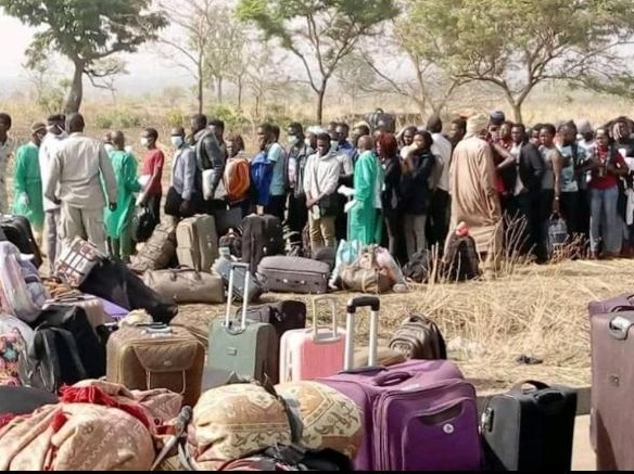 Coronavirus : le gouvernement appelle les étudiants rentrés du Cameroun à se faire dépister 1