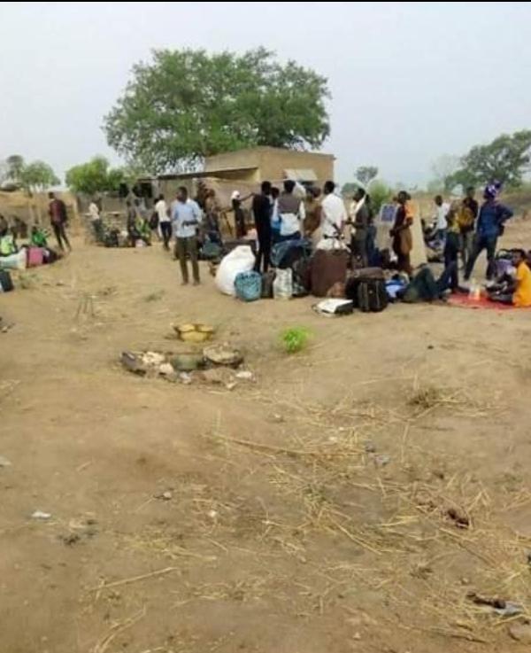 L'inadmissible quarantaine des étudiants rentrant du Cameroun