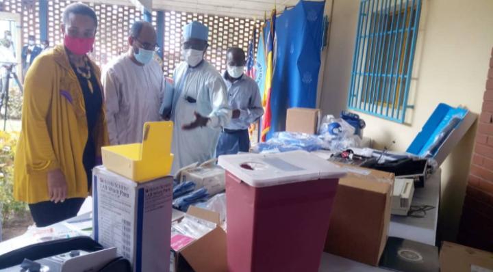 La Fondation Brother's Brother fait un don de matériels médicaux à l'Hgrn 1