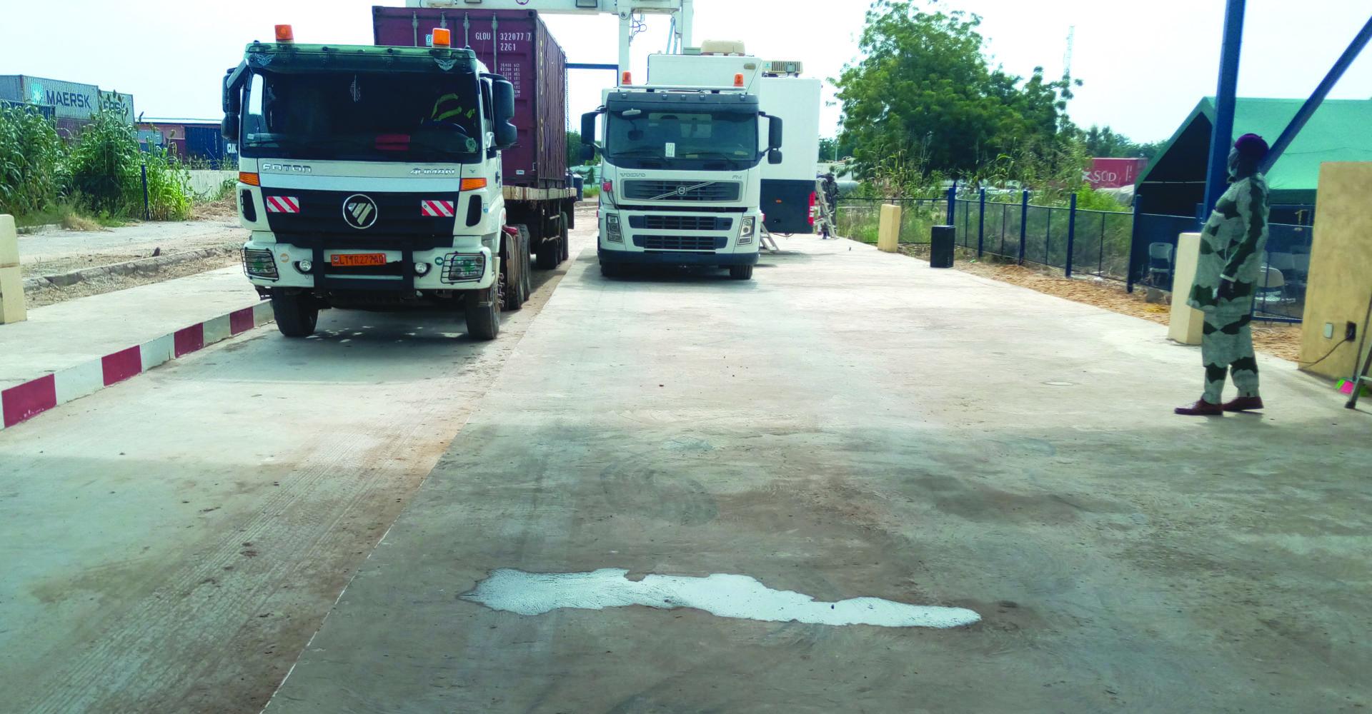 L'entrepôt douanier de Nguéli doté d'un scanner mobile 1
