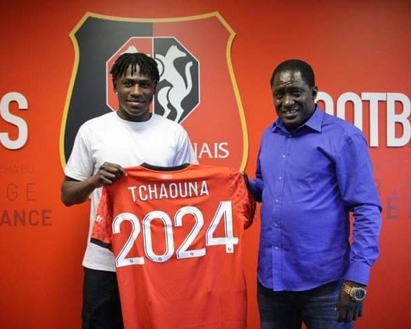L'attaquant Loum Tchaounaintègre l'équipe pro de Rennes