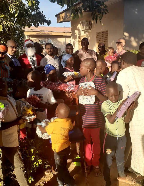 Premier Bet Tchad donne du sourire aux enfants du village Sos