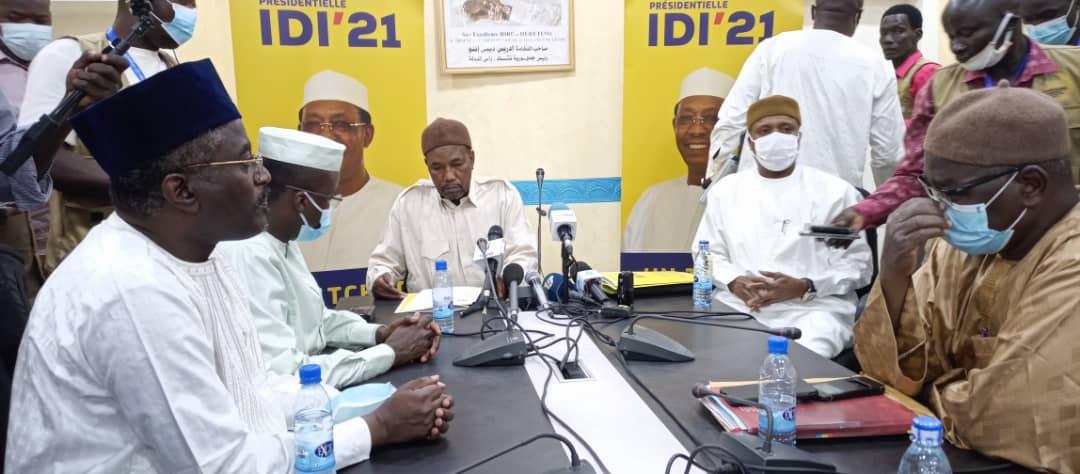 Zene Bada: «Partout dans le pays (...) les électeurs ont pris d'assaut les bureaux de vote» 1