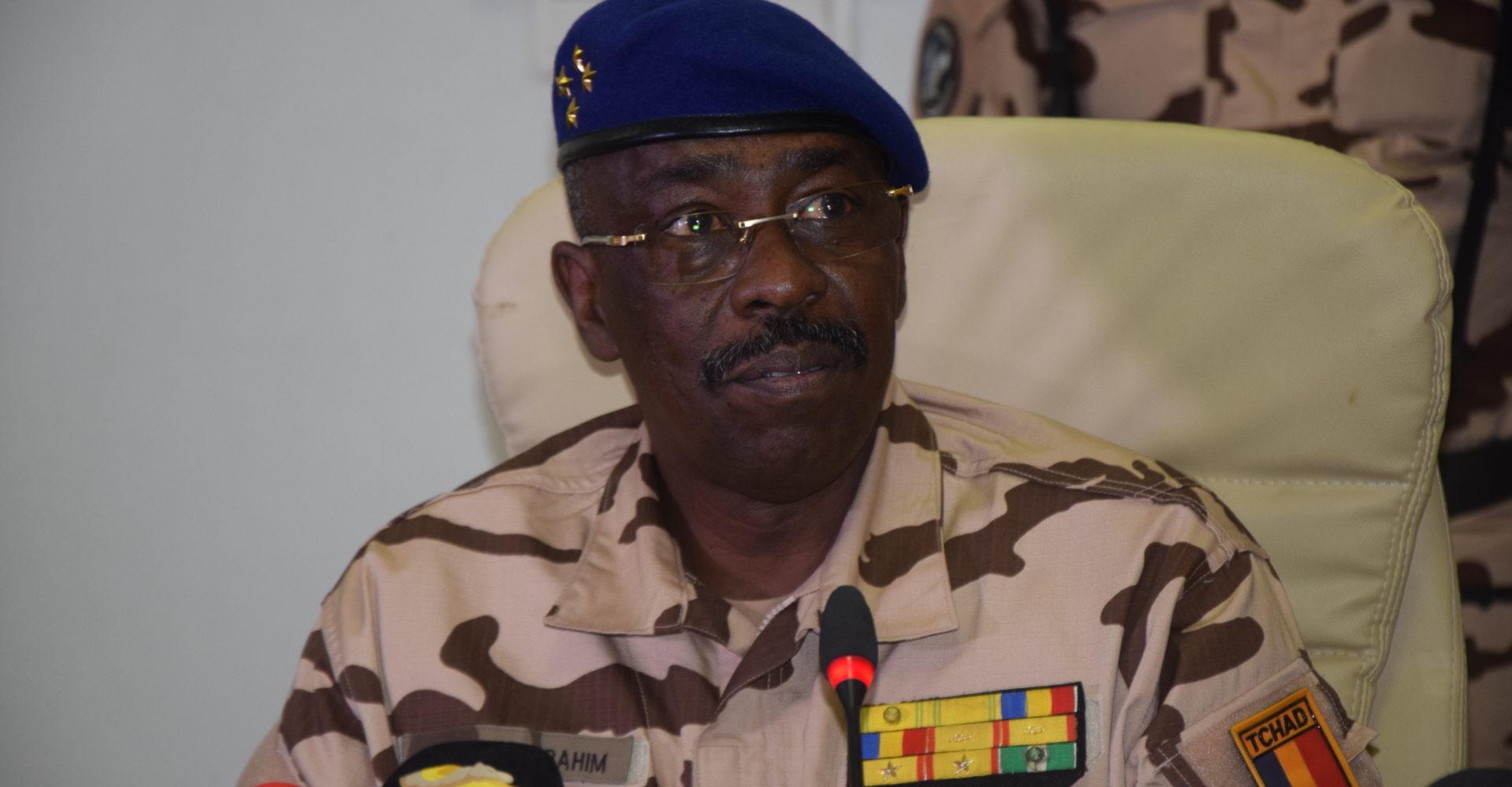 Le ministre de la défense apporte un démenti sur des exactions commises sur des prisonniers de guerre 1